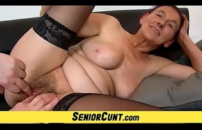 Old hirsute cum-hole be beneficial to Granny Linda